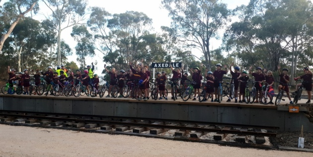 Axedale Primary School students Ride to School. Photo: L.Clay