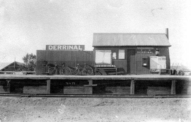 Derrinal Railway Station (including Post Office). Approx date 1900